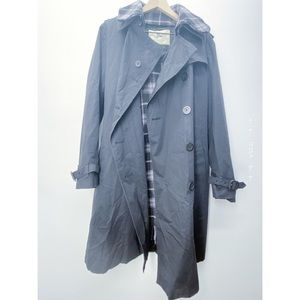 Burberry Black Trench Coat w Wool Lining